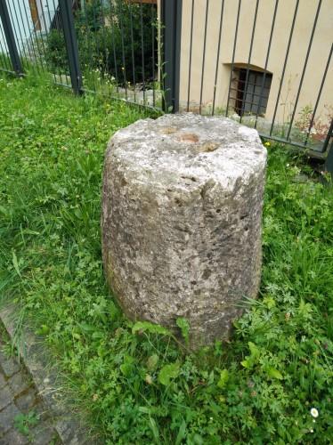 Cippo romano